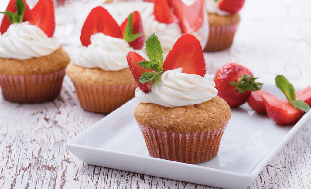 Cupcakes cu capsuni