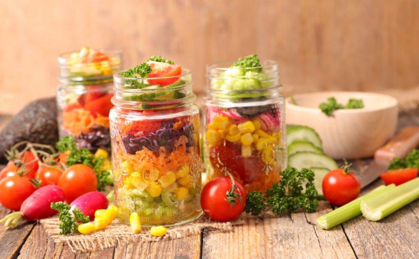 """Salata """"Vitamine la borcan"""""""
