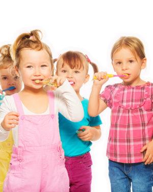 Pastă de dinţi şi igienă orală copii