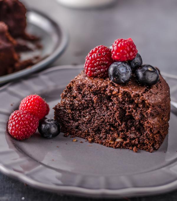 Patiserie artizanală, dulciuri și deserturi raw vegane