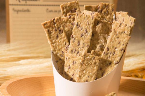 Crackers cu susan şi condimente Hiper Ambrozia 125 gr